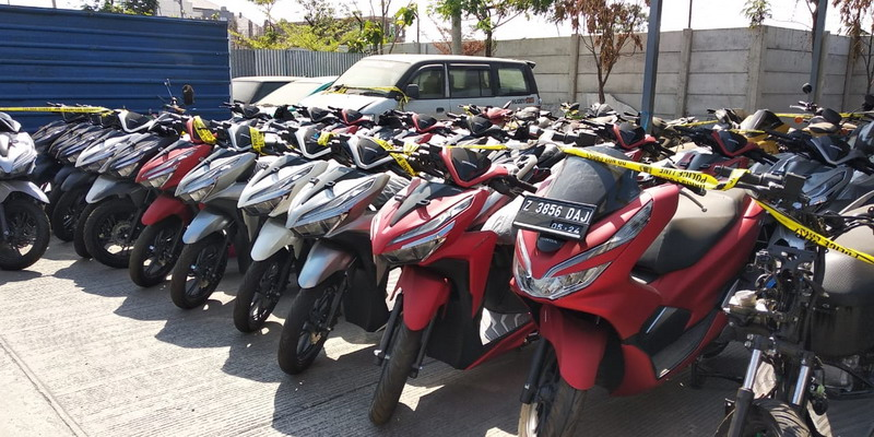 Warga Kebumen Nekat Gadaikan 8 Motor Pinjaman Untuk Main Judi Online
